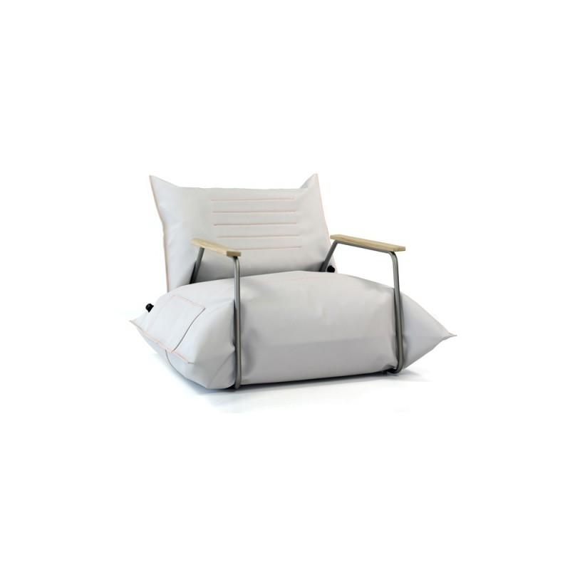 http://polishdesignonly.com/pl/sklep/527-fotel-air.html
