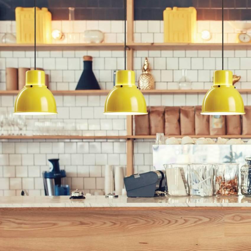 żółte lampy salonowe